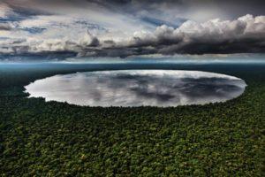 lac Télé - Congo © Yann Arthus-Bertrand